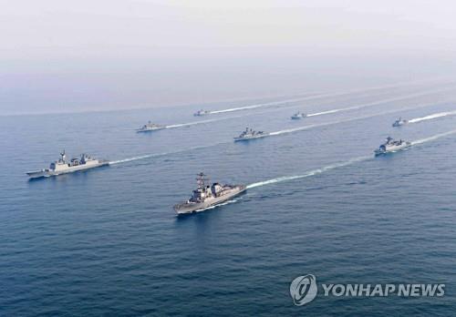 해군, 中국제관함식 참가…참모차장 참석하고 신형호위함 보내