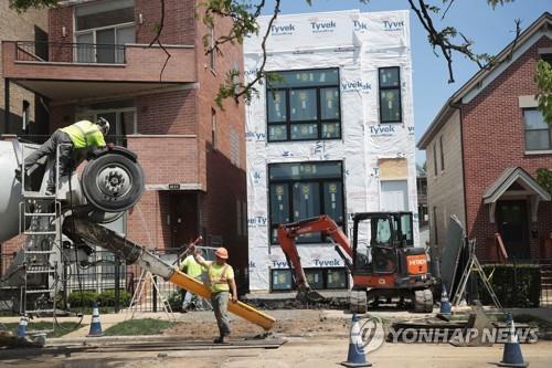 美주택건설 두달째 감소…3월 주택착공, 1년10개월래 최저