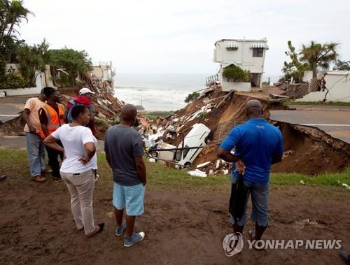 남아공서 폭우에 이은 홍수로 51명 사망·이재민 1천여명 발생