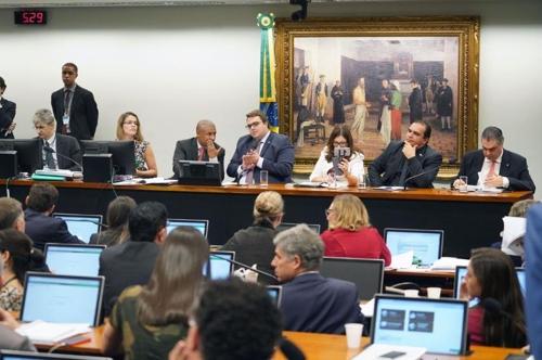 브라질 연금개혁 1차 관문 통과…하원 헌법사법위, 개혁안 승인