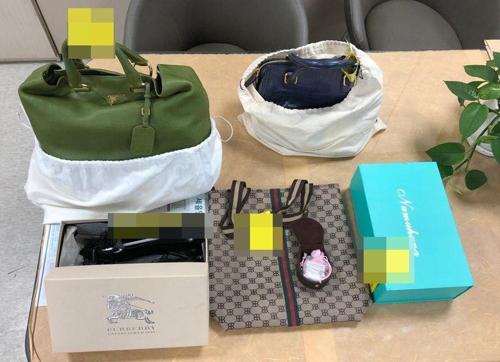 제주도, 고액 체납자 가택 수색 …명품 가방·구두 압류
