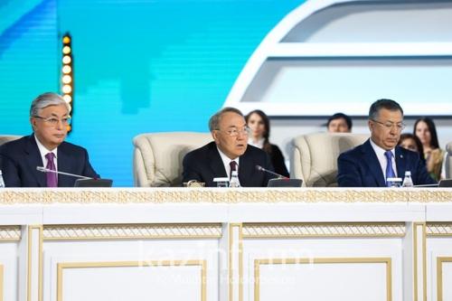 카자흐 나자르바예프, 차기 대통령에 토카예프 또 공개 지지