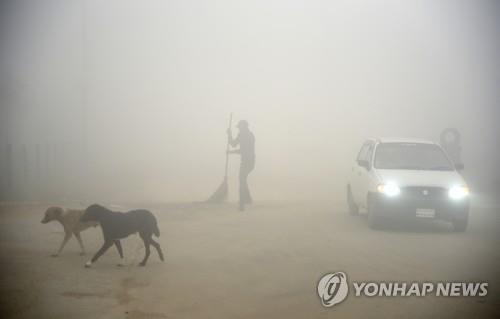 겨울 스모그 걷히니 모래폭풍…뉴델리 대기오염 5월도 '최악'