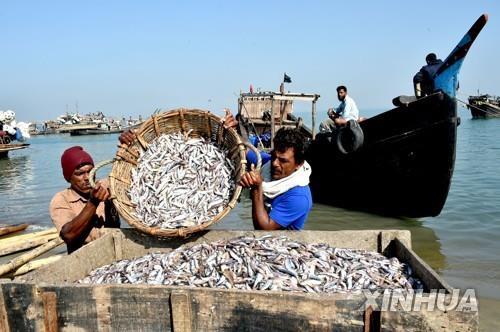 방글라데시, 벵골만 앞바다 65일간 어업 금지…어민, 강력 반발