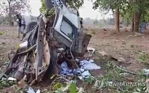 인도 동북부서 반군 매복 공격으로 주의원 등 11명 사망