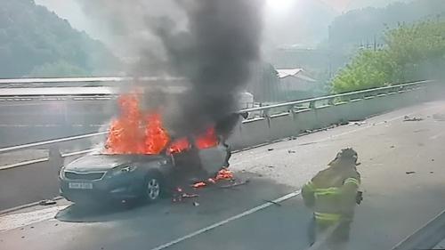 야근 마치고 집에 가던 20대 청년 2명 교통사고로 사망(종합2보)