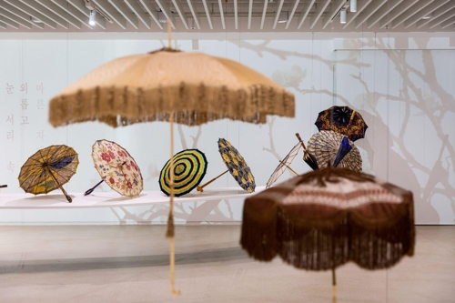 잃어버려도 무방한 우산? 개성과 유행 담긴 예술품!
