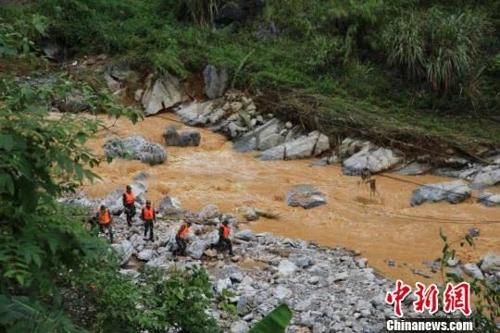 中광시 370㎜ 폭우로 10명 사망…쓰촨 지진 이어 재해 잇따라