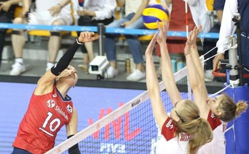 한국 여자배구, 폴란드 3-1로 제압…VNL 3승 12패로 꼴찌 면했다