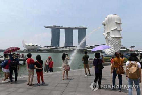 '장수 국가' 싱가포르, 은퇴 연령 62→65세로 상향