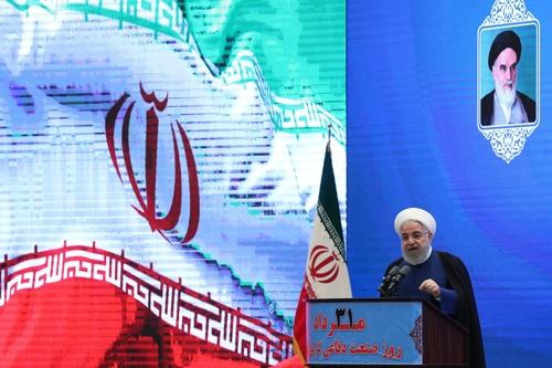 """이란 대통령 """"비이성적 美와 대화는 무의미…美, 최악의 고립""""(종합)"""
