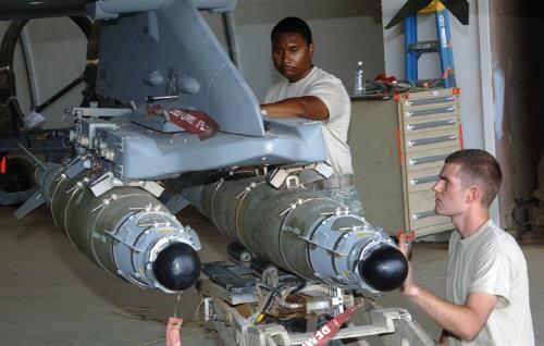 美 F-16 대만 판매안에 정밀유도폭탄 GBU-54 포함