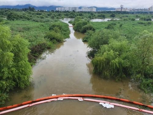대구 군부대서 경유 100여ℓ 유출…금호강에 일부 유입