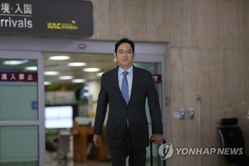 '초유의 복합 위기' 만난 삼성 이재용, 현장경영 '광폭 행보'