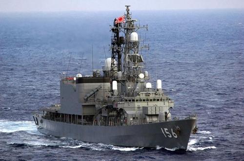日자위대 구축함, 남중국해에서 말레이시아와 합동훈련
