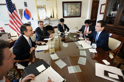 """美재무부·IMF 고위층 """"한국 확장 재정정책 적절"""" 평가"""