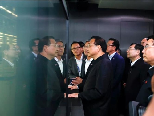 리커창, 삼성 시안 반도체 공장 시찰…한중 협력 시그널