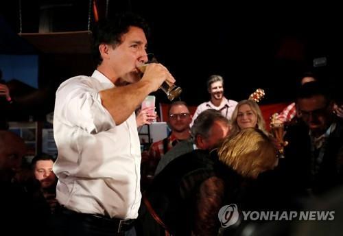 일주일 앞둔 캐나다 총선 판세 '혼미'…연정 가능성 거론
