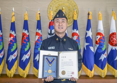 해군 1함대 최상철 상사, 헌혈 100회 나눔 실천
