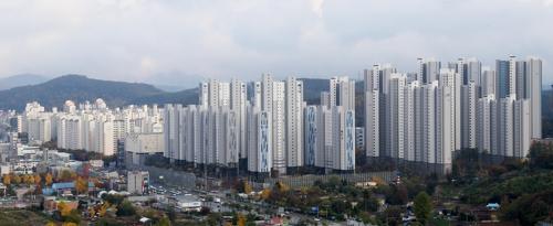 """용인시, 창고 높이 43m로 제한…""""경관 해치는 건축물 막는다"""""""