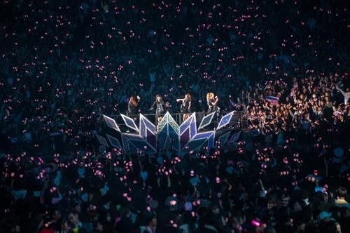 도쿄돔 달군 블랙핑크…'뚜두뚜두'에 5만5천명 환호
