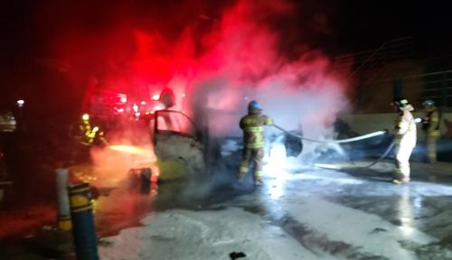 밤사이 강원 동해서 차량·주택 화재…2명 부상