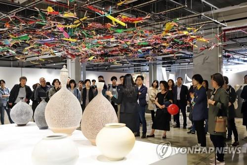"""""""청주 공예비엔날레 경제파급효과 50.."""
