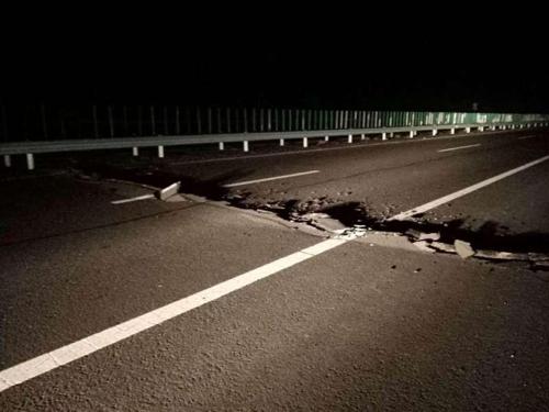 """중국 신장 카슈가르서 규모 6.4 지진…""""부상자 다수""""(종합3보)"""