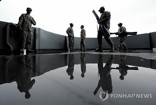 미 해군 항모에 '진주만 영웅' 흑인 수병 이름 붙여