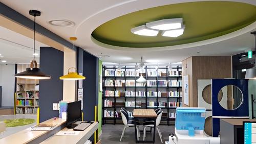 [충주소식] 시립도서관, 작은도서관 2곳 새 단장