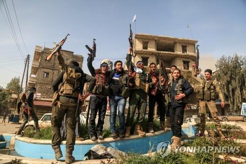 """시리아인권관측소 """"친터키 시리아 반군 2천400명 리비아 배치"""""""
