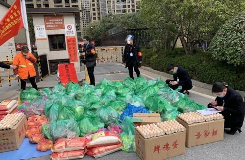"""[르포] """"출근해야 하는데 통제는 심해져"""" 고향에 갇힌 중국인들 발동동"""