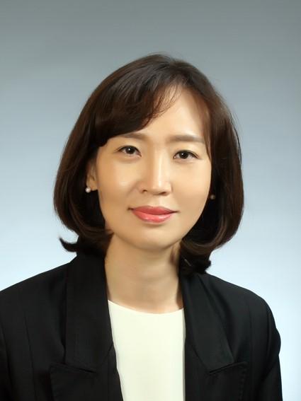 이주배경청소년지원재단 소장에 김윤영 박사