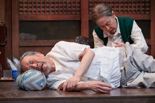 잔잔함·큰 울림·긴 여운…연극 '아버지와 나와 홍매와'