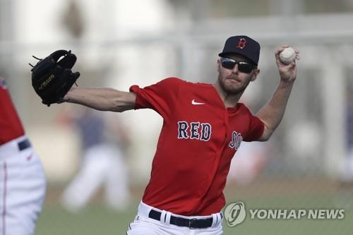 MLB 보스턴 에이스 세일, 팔꿈치 수술…내년 중반 복귀할 듯