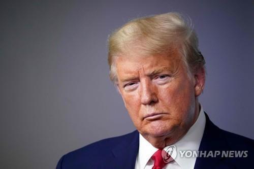 """""""미, 최대 24만명 사망 예측""""…트럼프 """"매우 고통스런 2주될 것""""(종.."""