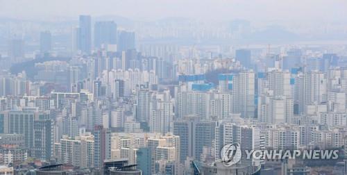 서울 주택가격 3개월 연속 둔화…군포 등 비규제지역은 급등