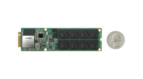 En la imagen se muestra el nuevo disco duro de estado sólido de Samsung Electronics Co., el NGSFF SDD
