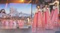 La troupe artistique nord-coréenne donne un concert historique la veille des JO ..