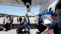 Los reporteros surcoreanos llegan a Corea del Norte para cubrir la demolición de..