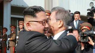 """[현장연결] 2차 남북정상회담…""""북미정상회담 성공방안 논의"""""""