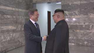 예고없던 '2차 남북정상회담'…외신도 긴급 타전