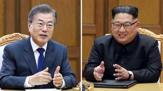 """문 대통령ㆍ김 위원장 """"북미회담 성공시키자""""…긴밀 협력 합의"""