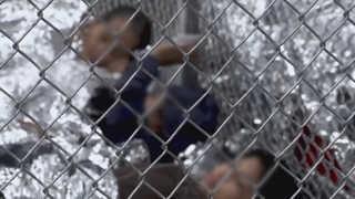 미국 의회 아동 격리수용 반발 확산…국토장관 사임 요구