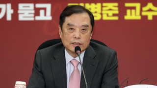 한국당, 비대위원장 후보에 김병준 내정…오늘 전국위서 의결