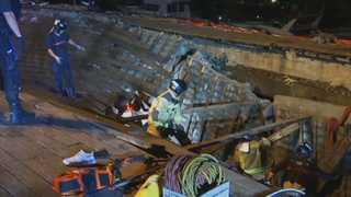 스페인 해변 전망대 무너져 300여 명 부상