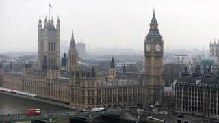 런던 의회의사당 인근서 차량돌진 테러…2명 부상