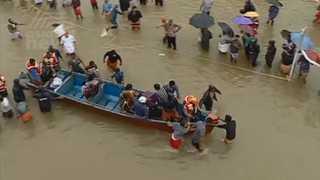 폭우 강타한 인도…헬기ㆍ비행기ㆍ배 동원해 구조 총력전