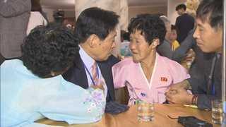 [현장연결] 68년만에 만난 이산가족…곳곳 울음바다