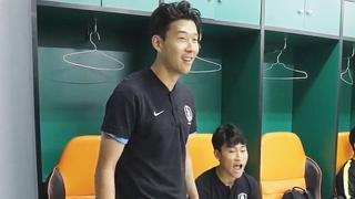"""[아시안게임] '캡틴' 손흥민의 한마디 """"한 번 부셔보자!"""""""